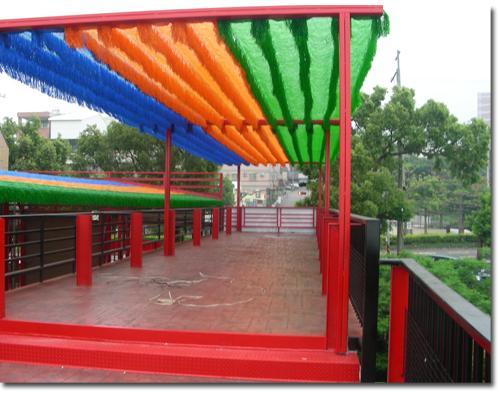 幼儿园吊挂式作品栏布置图片