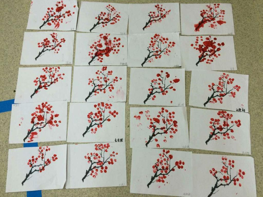 手指点画:红红的梅花